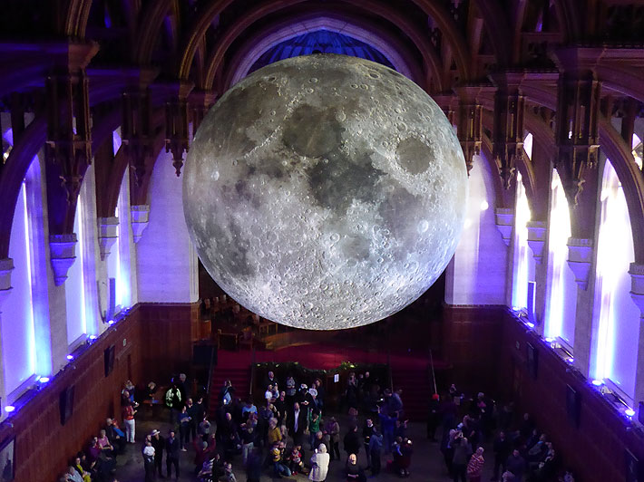 Moon_art_bristol.jpg